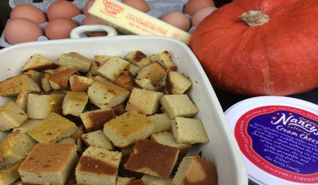 pumpkinbreadpuddingingredients-2.jpg