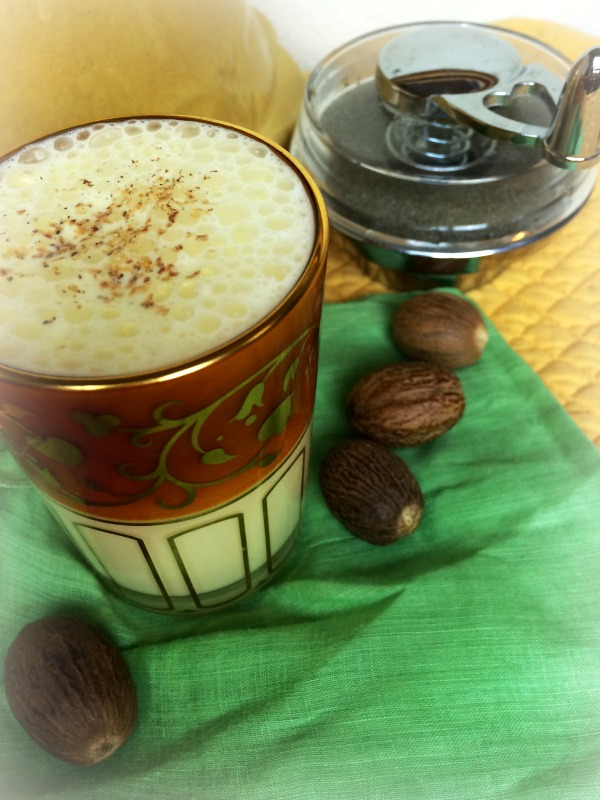 Raw eggnog recipe with a dairy free option eat beautiful raw eggnog verticle 2 forumfinder Images