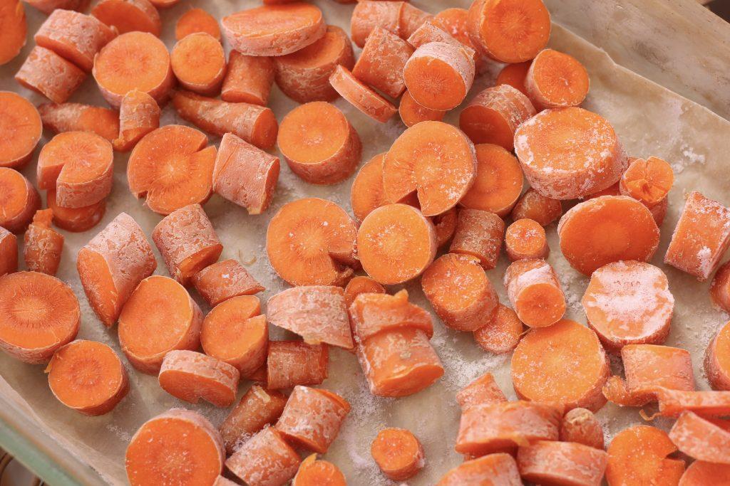 Preparing the Carrot Milkshake — GAPS, AIP, Low-FODMAP, Paleo