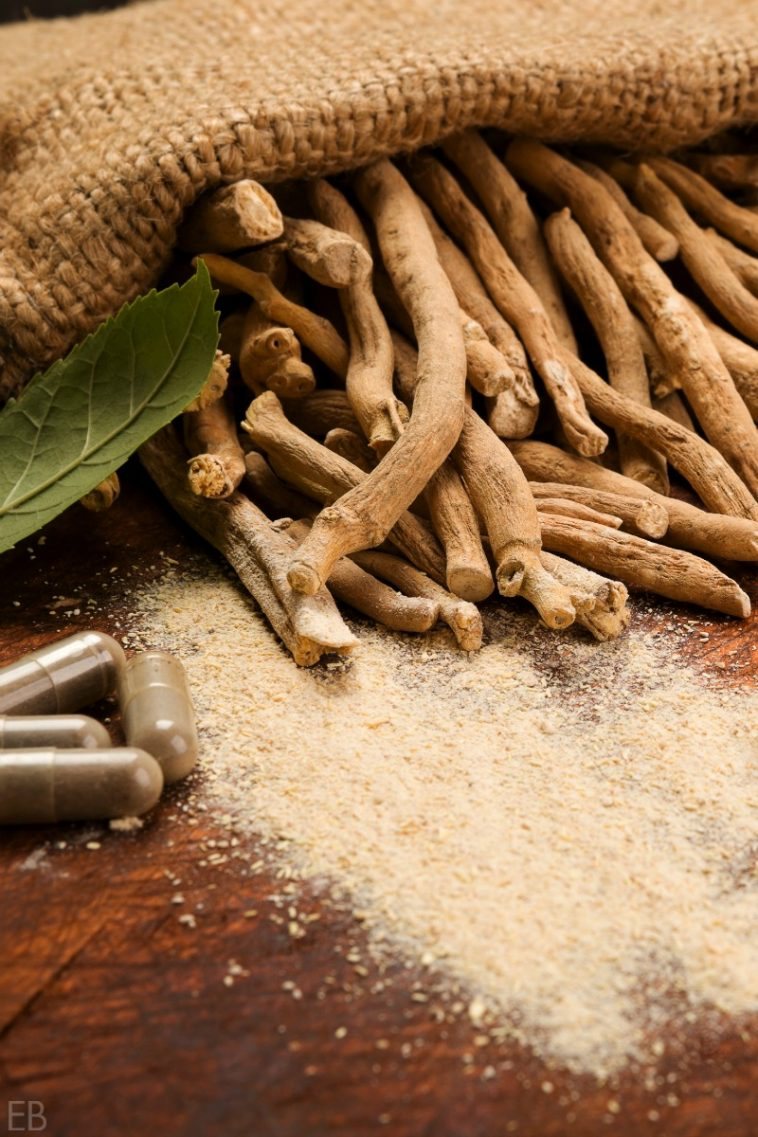 ashwagandha roots and capsules for insomnia