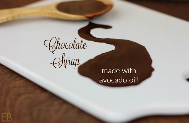 paleo-chocolate-syrup-made-with-avocado-oil
