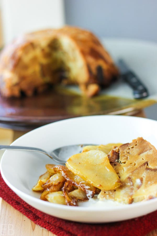 instant pot bread pudding served with sautéed pears