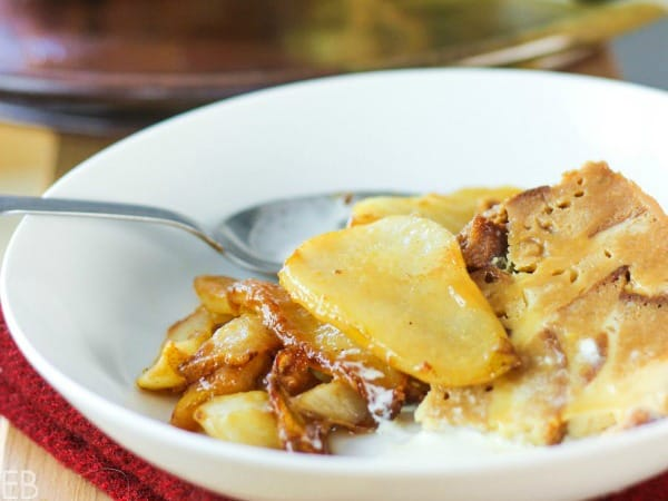 sliced instant pot bread pudding with sauteed pears