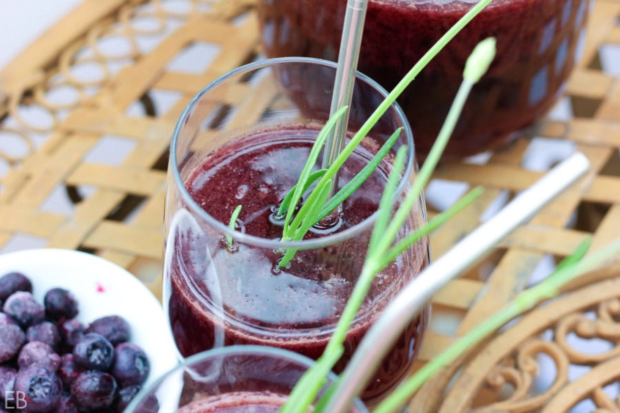 This healthy probiotic beverage is super fast to make and will have your family and guests lining up to be refreshed! Full of electrolytes, it's great for digestion and renewing the body. Plus it's delicious!! #switchel #lavender #blueberry #electrolytes #probiotics #ferment #applecidervinegar #ginger #herbal