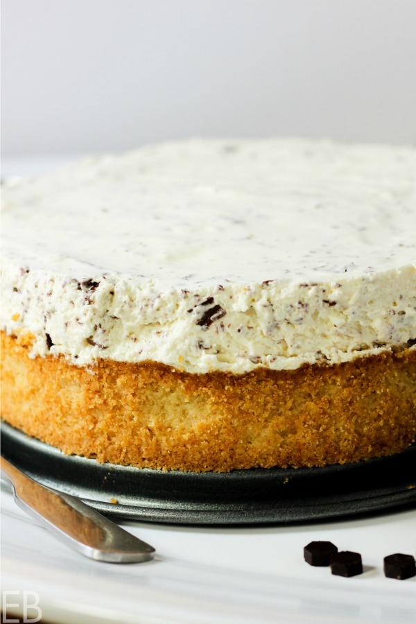 You'll love this creamy No-Bake KETO Chocolate Chip Cheesecake! (with an easy Paleo/Primal variation) #keto #ketodesserts #ketodessertrecipe #ketocheesecake #paleocheesecake #paleodesserts #primal #chocolatechipcheesecake