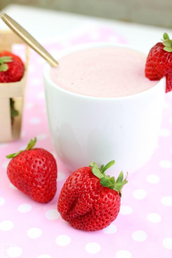 mug of keto low carb strawberry white hot chocolate