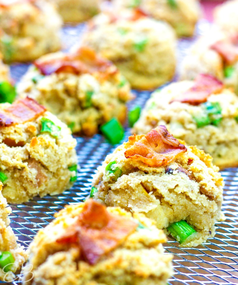 light hitting cooling aip cookies with bacon