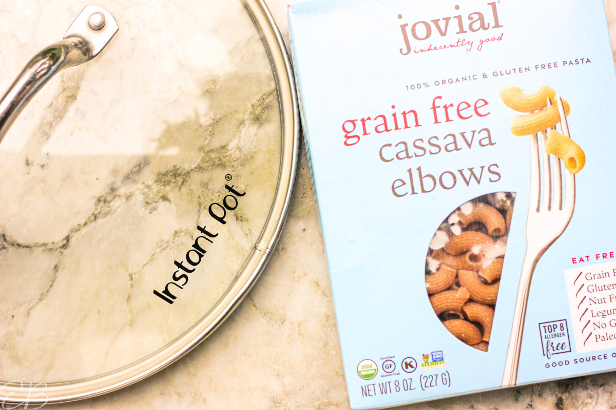 instant pot lid and cassava pasta box