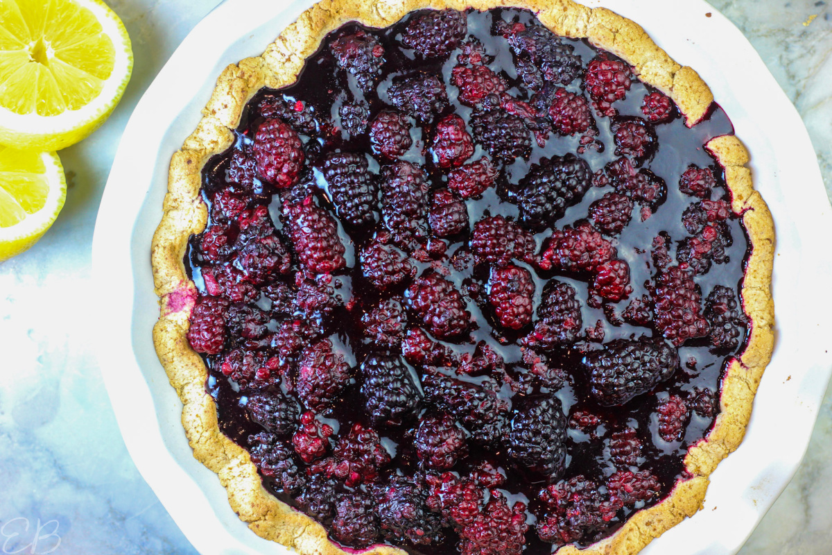 overhead view of whole blackberry pie