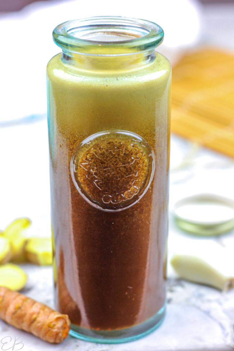 up close image of bottled paleo teriyaki sauce